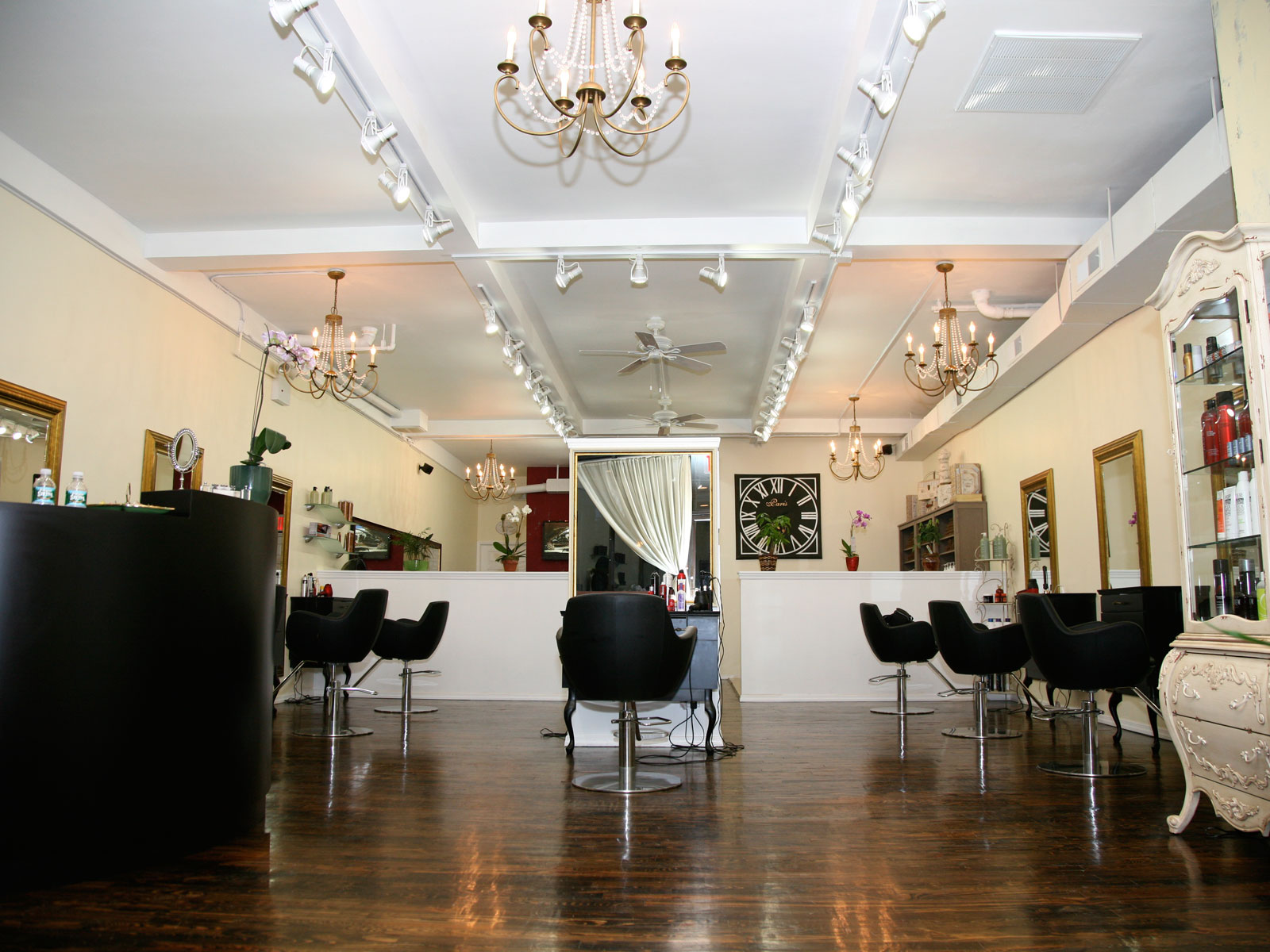 Salon camaj home for Mona j salon contact
